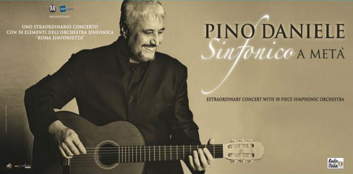 """Locandina del concerto di Pino Daniele alla Reggia di Caserta con """"Sinfonico a metà"""""""