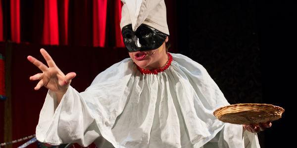 Pulcinella la maschera napoletana, sfilata ad Acerra