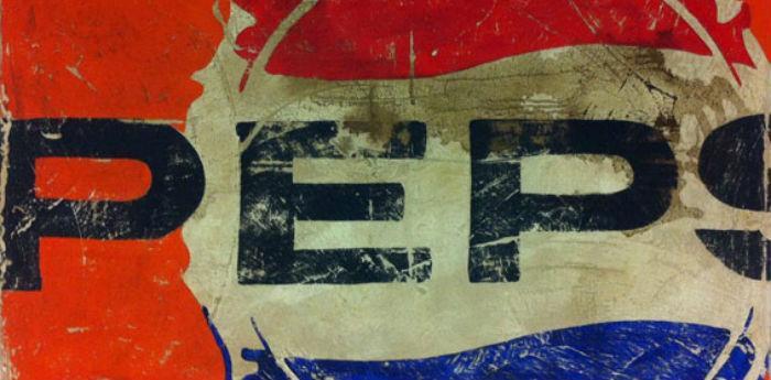 L'immagine Pepsi diventa opera d'arte nella mostra Tracce di Paolo De Cuarto