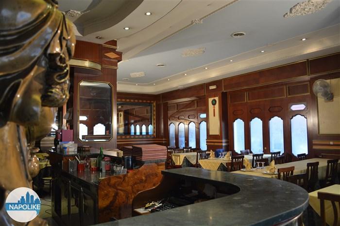 Sala principale del ristorante cinese la città d'oro