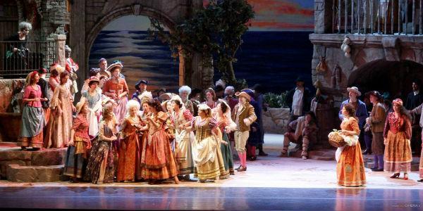 Elisir d'Amore in scena al Teatro San Carlo