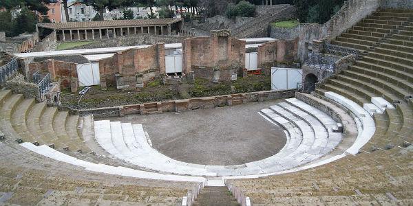 Il Teatro Grande degli Scavi Archeologici di Pompei