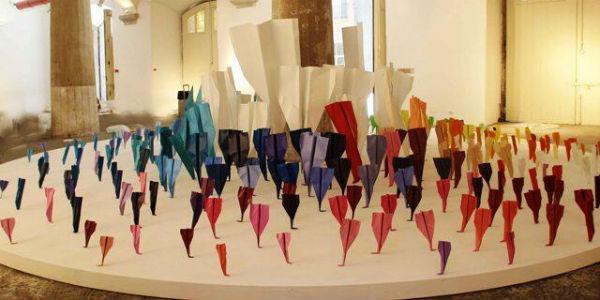 I paper planes dei Blue and Joy al Palazzo Reale di Napoli