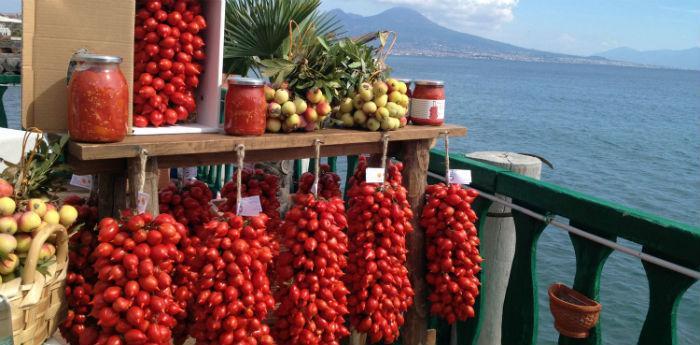 I tipici Pomodorini del Piennolo sagra a Cercola