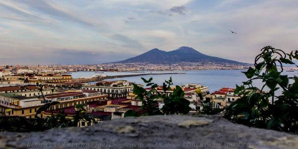 Il Vesuvio immortalato dalla fotografa Roberta De Maddi