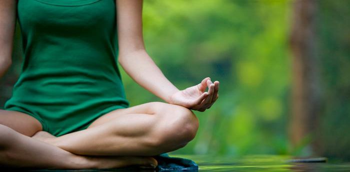 seduta di yoga