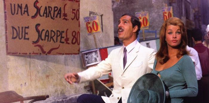 Campania Movietoru, itinerari cinematografici a Napoli