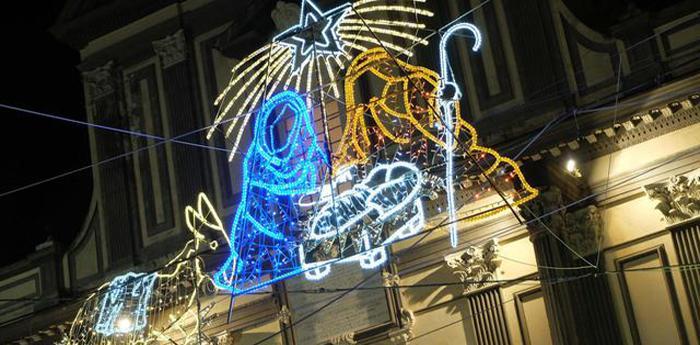 Le luci di san gregorio armeno per natale 2014