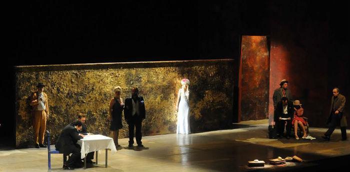 Una scena dello spettacolo Il Mercante di Venezia di Valerio Binasco