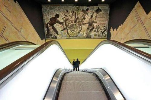 opere d'arte stazione Toledo