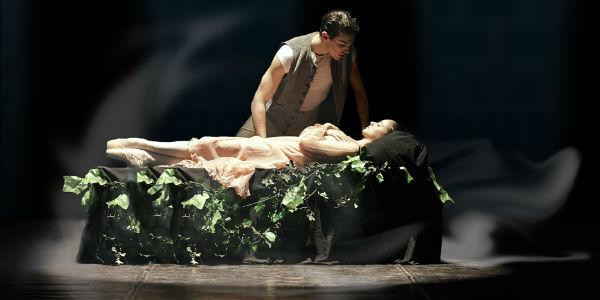 Fredy Franzutti e la sua Bella Addormentata al Teatro Bellini di Napoli