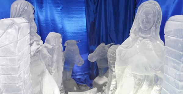 Natività nel presepe di ghiaccio più grande del mondo ad Ischia