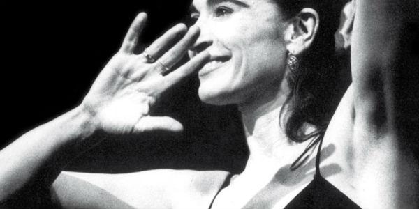 Lina Sastri in Appunti di Viaggio al Teatro Delle Palme