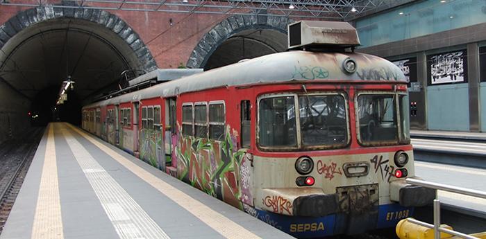 Un treno della cumana di Napoli