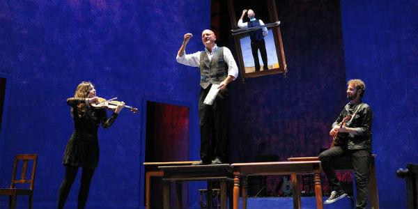Lo spettacolo Father and Son con Claudio Bisio al Teatro Bellini di Napoli