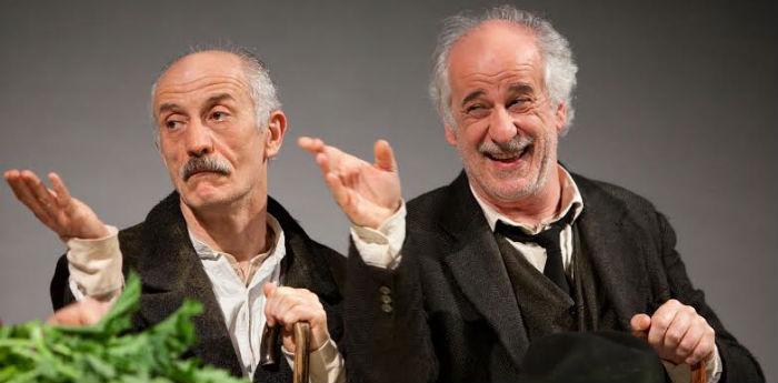Toni e Peppe Servillo nello spettacolo Le voci di dentro al Teatro Bellini di Napoli