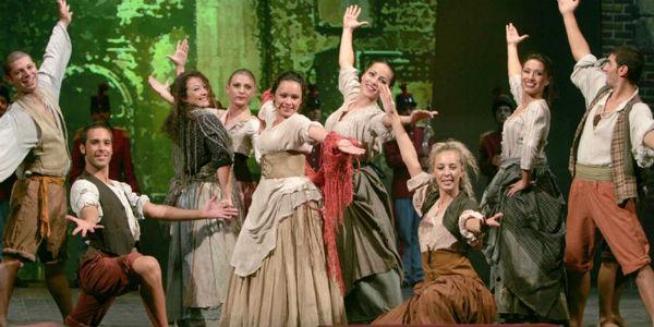 Il musical Napoli, voci, parole e musica al Teatro Delle Palme di Napoli