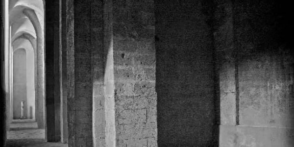 I sotterranei gotici della Certosa di San Martino a Napoli