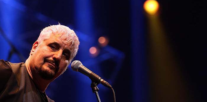 Il cantautore napoletano Pino Daniele
