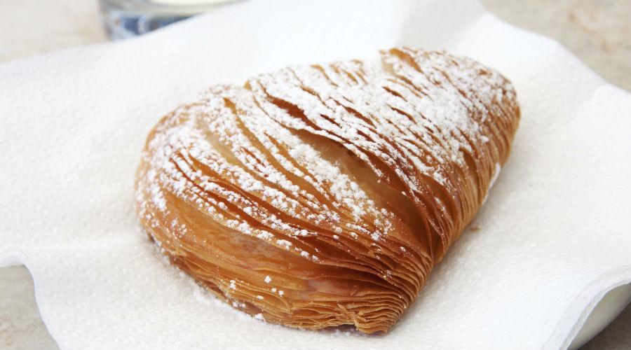 Best sfogliatelle in Naples