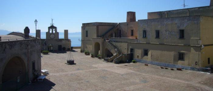 Piazza d'Armi di Castel Sant'Elmo a Napoli