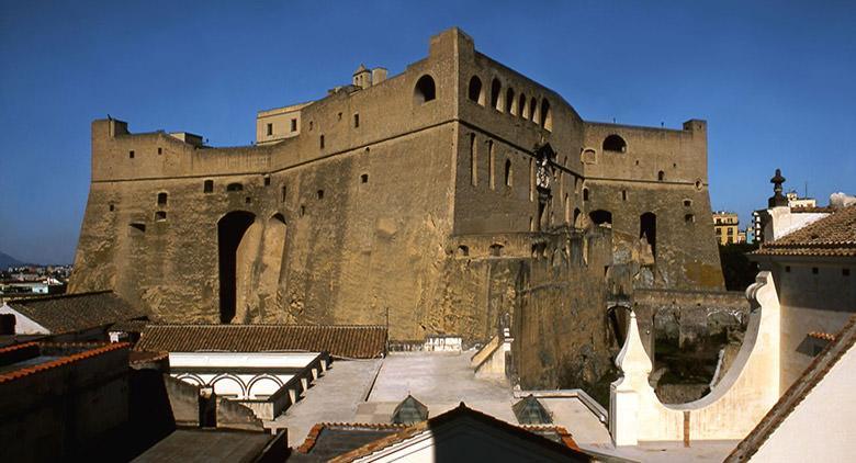 Il Castel Sant'Elmo di Napoli