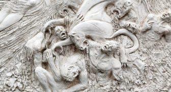 Mostra su Dante Alighieri alla Villa Comunale di Sorrento