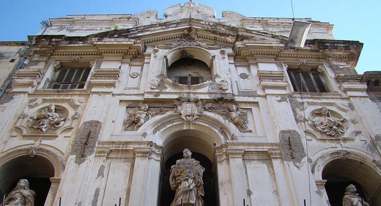 Chiesa San Giuseppe delle Scalze a Napoli