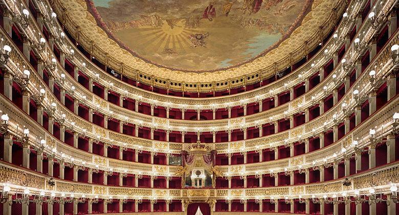Interno del Teatro di San Carlo a Napoli
