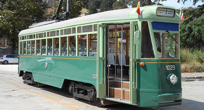 Tram tipo Meridionale 1029 Napoli