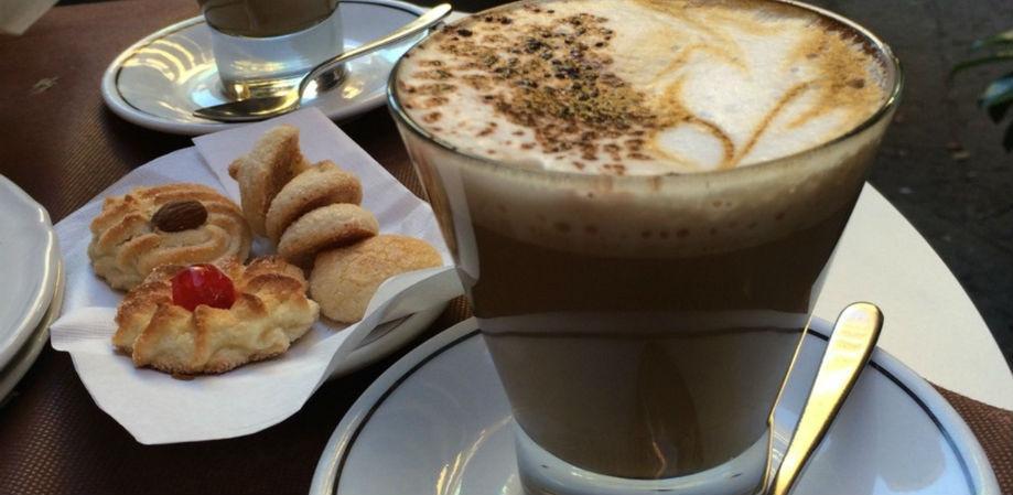 Großer Kaffee Ciorfito