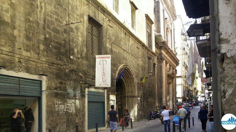 Via dei Tribunali a Napoli