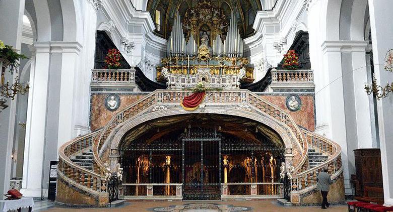 Basilica di Santa Maria Maggiore della Sanità a Napoli
