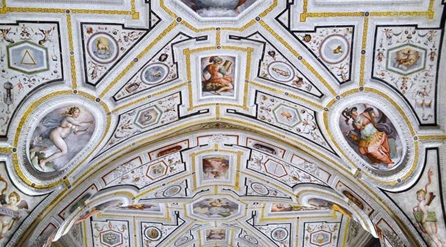 Chiesa Sant'Anna dei Lombardi a Napoli