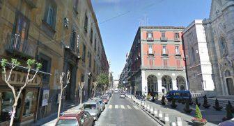 via Duomo a Napoli