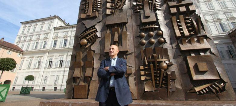 Lo scultore Arnaldo Pomodoro in mostra a Sorrento