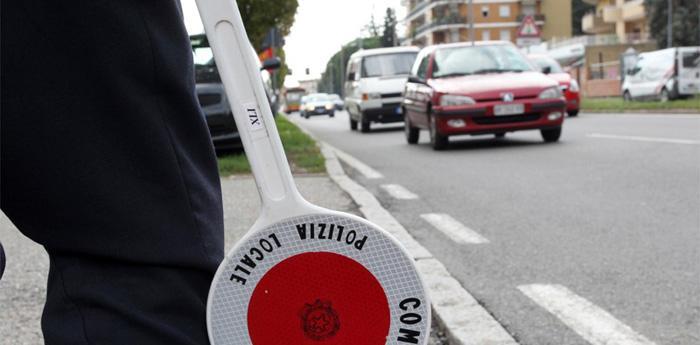 Blocco Traffico a Napoli, nuovo stop alle auto dal 6 ottobre 2014