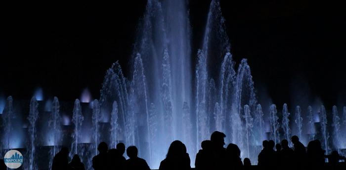 Spettacolo Fontana Esedra alla Mostra d'Oltremare di Napoli: foto, video, orari
