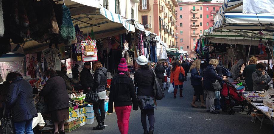 Mercatino di Antignano a Napoli