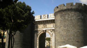 Porta Capuana a Napoli