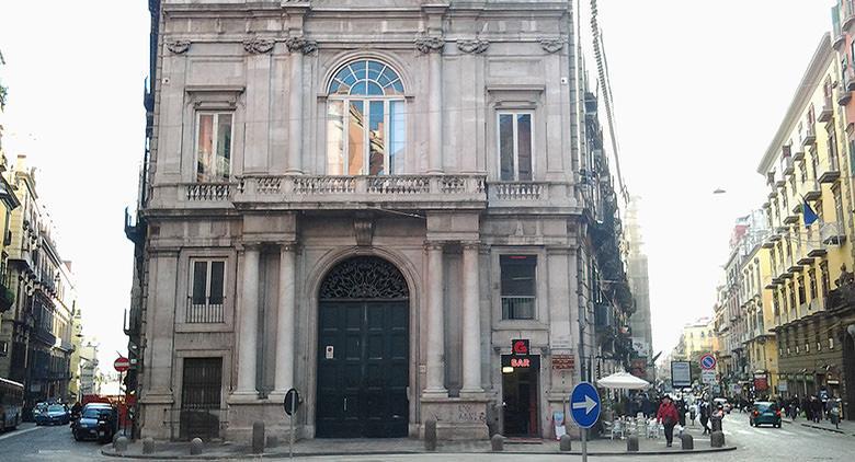 Palazzo Doria d'Angri a via Toledo a Napoli