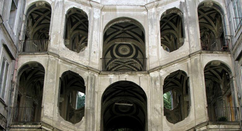 Interno del Palazzo Sanfelice a Napoli