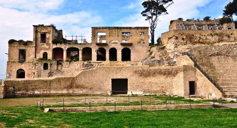 Villa imperiale nel Parco archeologico del Pausilypon