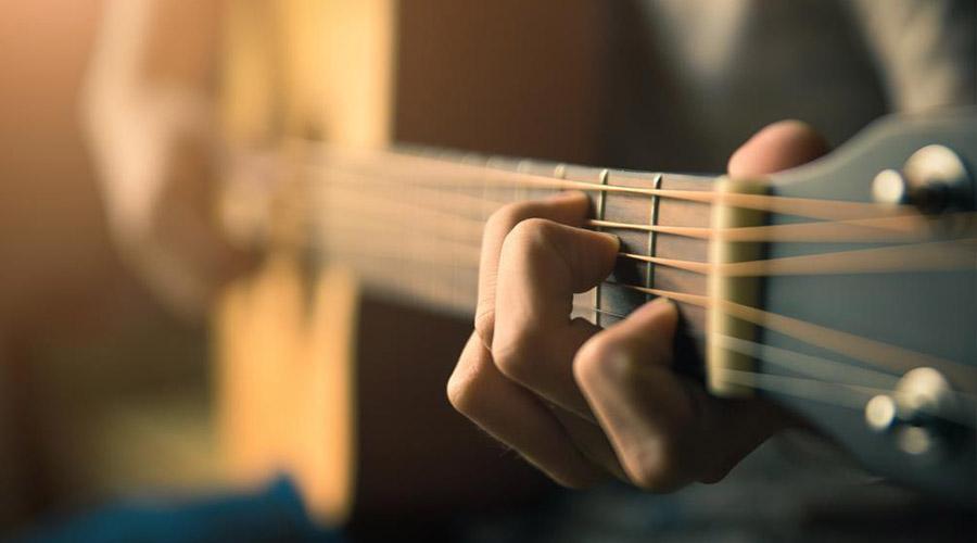 Chitarrista, migliori locali con musica dal vivo a Napoli
