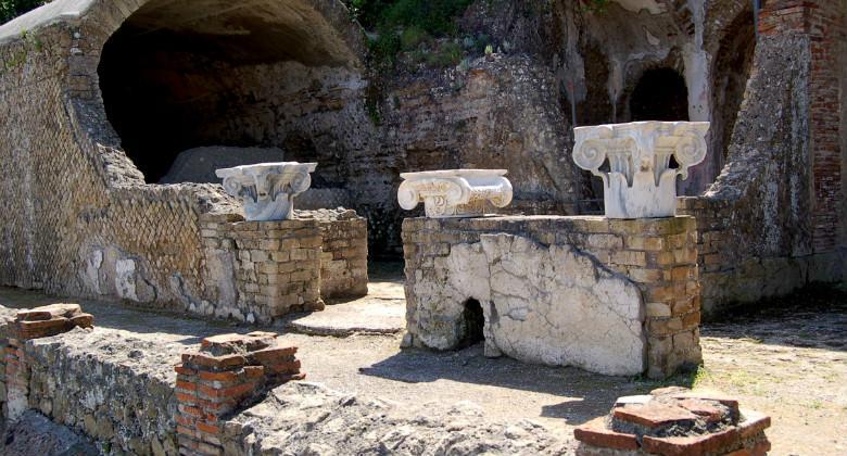 Il Parco Archeologico delle terme di Baia (Napoli)