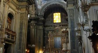 Interno della chiesa di Santa Brigida a Napoli