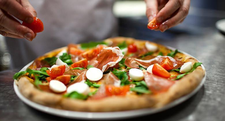 Pizzeria scaramantica Sorbillo a Napoli