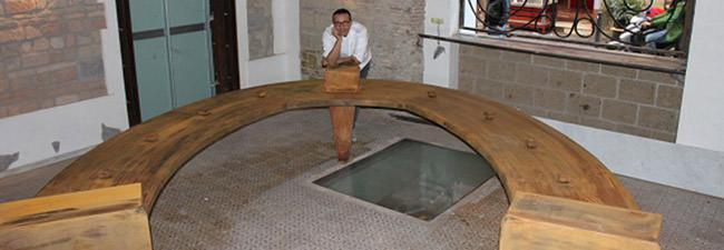 Gino Sorbillo nella pizzeria scaramantica