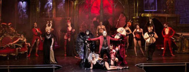 Circo del los horrores Teatro Palapartenope