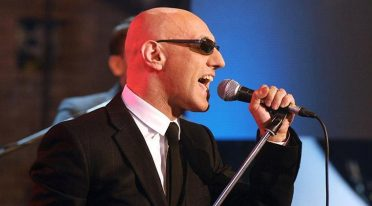 Giuliano Palma im Konzert am Posillipo Theater in Neapel